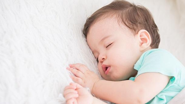 寝るだけで痩せる!?多くの人が気づいてない睡眠の重...