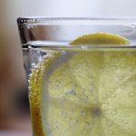 炭酸水を食事の前に飲むだけのシンプルなダイエット法