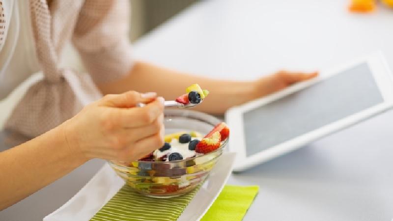 仕事中にリフレッシュ!ストレス対策におすすめの間食5つ