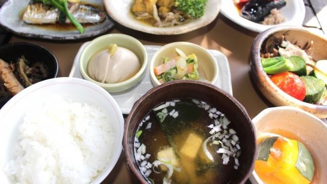 日本一の長寿県に学ぶ食生活とは?