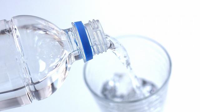 一日に飲むべき水の量は?