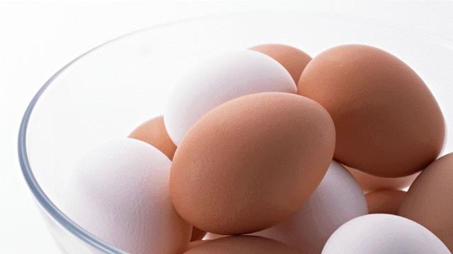 卵は食べちゃダメ?コレステロールを下げるポイントは「飽和脂肪酸」